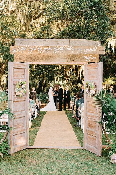Dcor rustic weddings arguably the most popular style of wedding at the moment theres something for everyone for this style of wedding dcor junglespirit Gallery